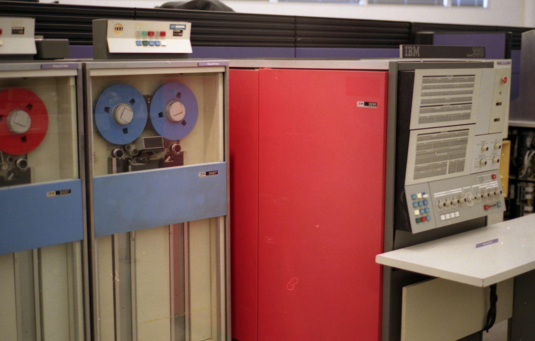 Ordinadors de Segona Generació: IBM S/360